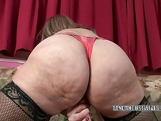 Creampie on Blonde Mature Sluts Pussy with Toy