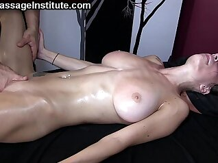 Blonde chick loves hot squirting orgasm
