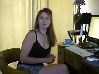 Cuckold dont know when to fuck human wife