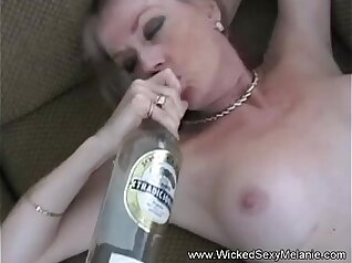 bangla slut is having interracial sex with a doctor in spite of her son