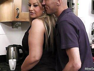 Cheating bbw wife got fucked by my legs