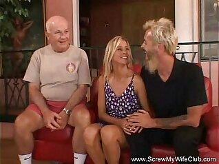 Blonde MILF calling the swingers money