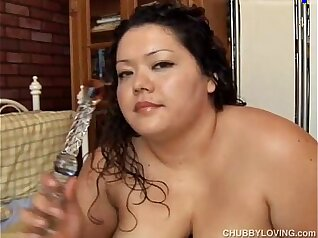 Big Tit Latina Tatterslut Sucking Fat Head Guy