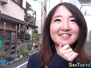 Curvy Japanese babes at country club trip