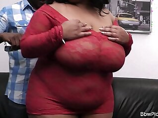 Leggy Chubby Bootyfucked By African Doctor