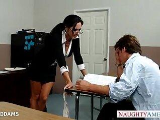 Big tits teacher loves the honking