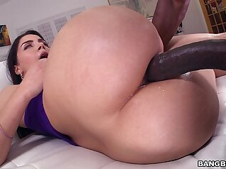 Italian huge glorious monster ass to mouth