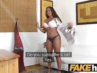 Amateur chubby girl fucks on the casting