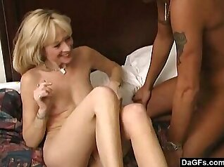 Britney Sinclair With Samantha Jay E Married Zelenski Meyers Video With That Drake Whyte